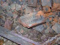 Locally made brick used in tunnel wall... remember that borehole?? <i>BE</i> Hmmm.<br><br>[Colin Harkins 22/04/2007]