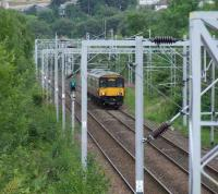 318262 about to pass through Cartsdyke with a fast train bound for Gourock.<br><br>[Graham Morgan 04/08/2007]