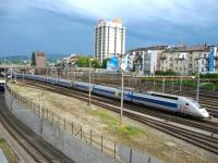 The evening Zurich - Paris TGV arrives at Basel SBB station on 17 May.<br><br>[Michael Gibb 17/05/2009]