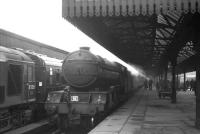 V2 no 60919 with the ubiquitous <I>Scottish Rambler No 5</I>, seen at Buchanan Street on 9 April 1966. The V2 made it as far as Falkirk Grahamston where valve-gear problems resulted in its replacement by D6115, which took the train on to Dunfermline Lower.<br> <br><br>[K A Gray 09/04/1966]