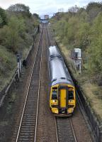 158 723 descends Cowlairs Incline towards Glasgow Queen Street on 9 October 2011.<br> <br><br>[Bill Roberton 09/10/2011]