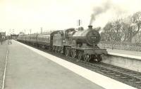 40624 calls at Ardrossan South Beach on 4 April 1959 with a train for St Enoch. <br><br>[G H Robin collection by courtesy of the Mitchell Library, Glasgow 04/04/1959]